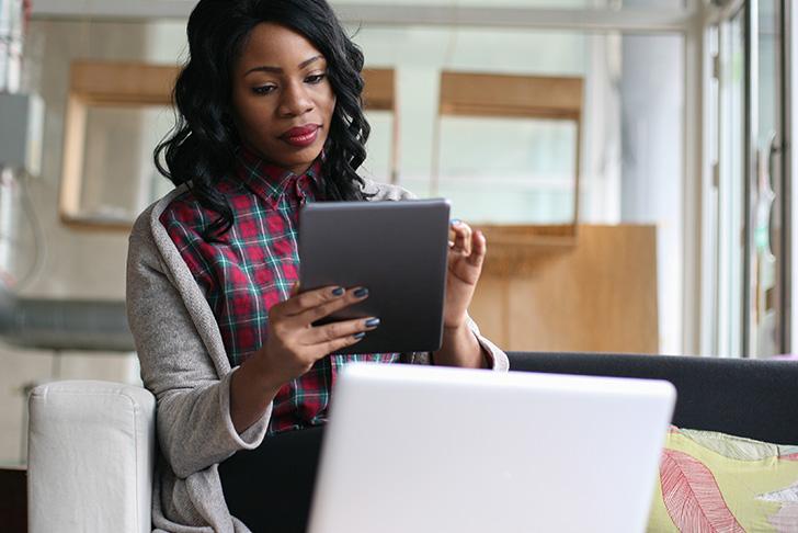 business student online tablet