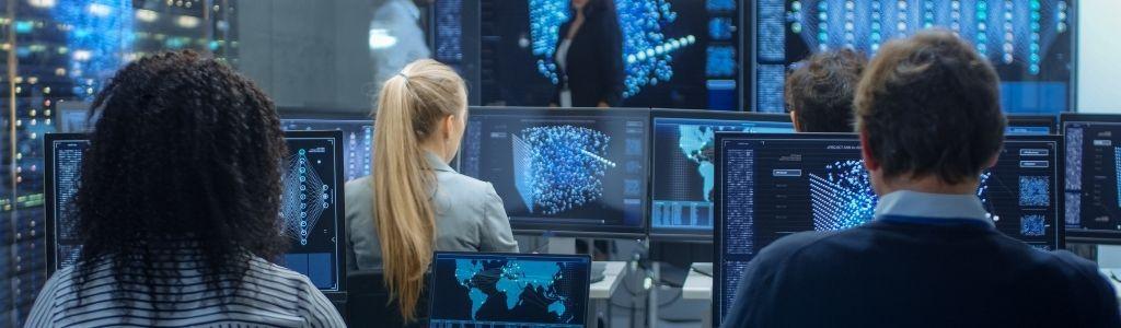 intelligence analysts